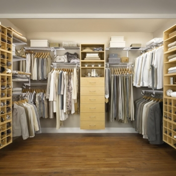 CUSTOM SEMI CUSTOM CLOSETS